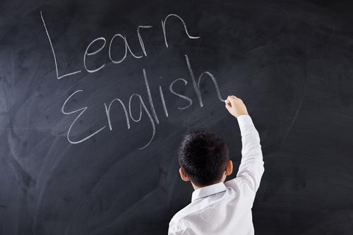Ajari Si Kecil Belajar Bahasa Inggris Sejak Dini Yuk!