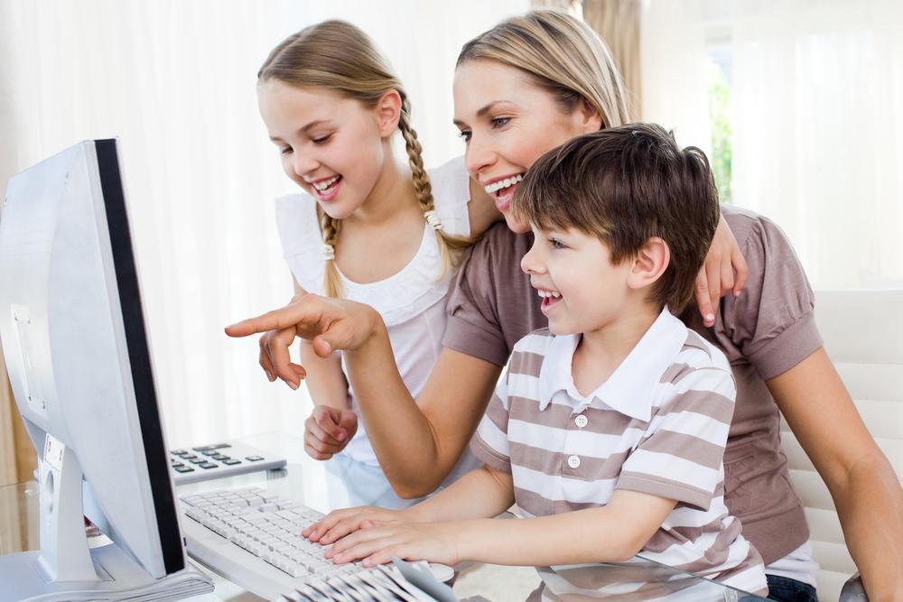 Ingin Si Kecil Tumbuh Cerdas dan Bahagia? Tipsnya Sederhana, Moms