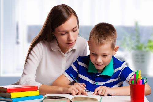 5 Cara Bantu Si Kecil Belajar Ujian